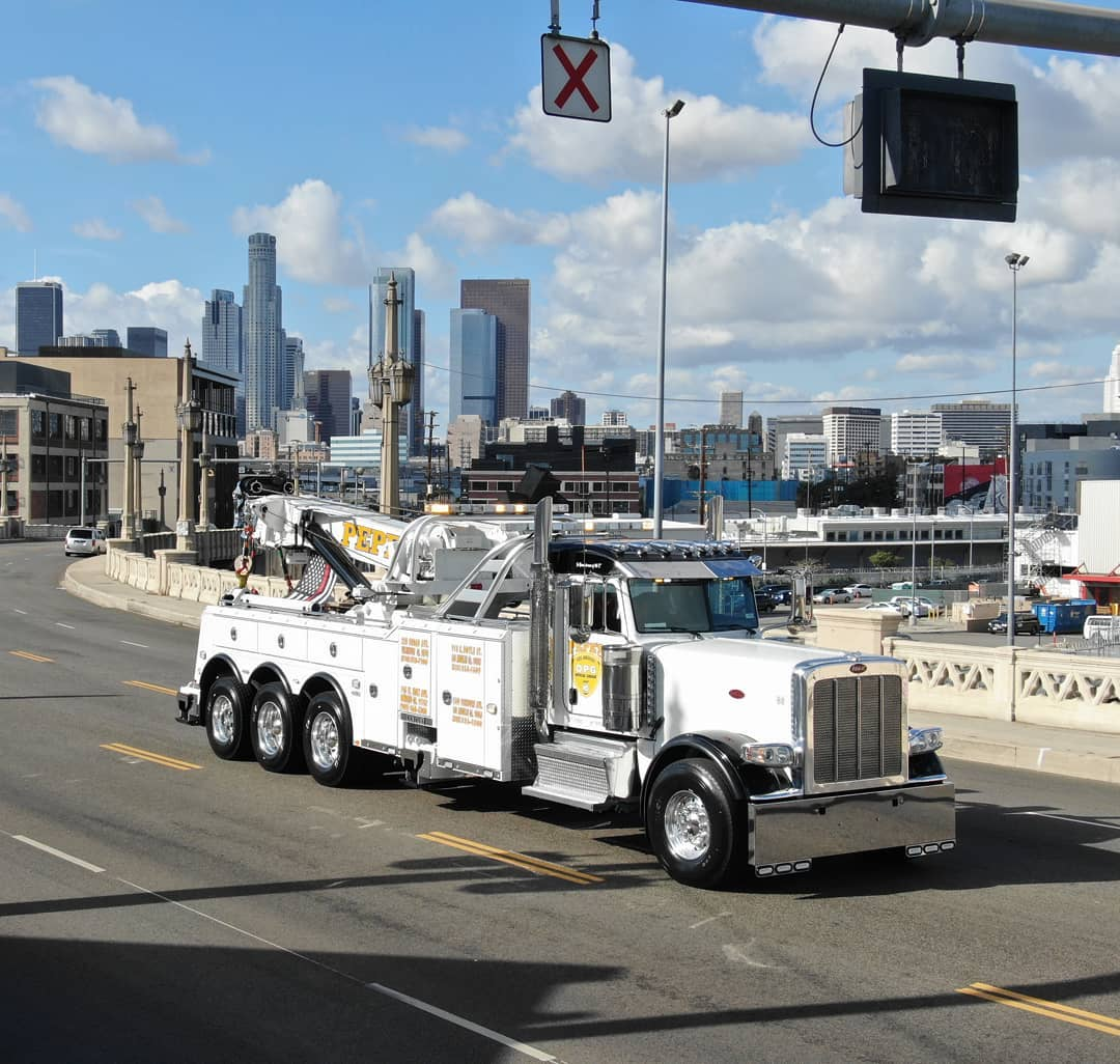 The City of LA's Only 75-ton Rotator