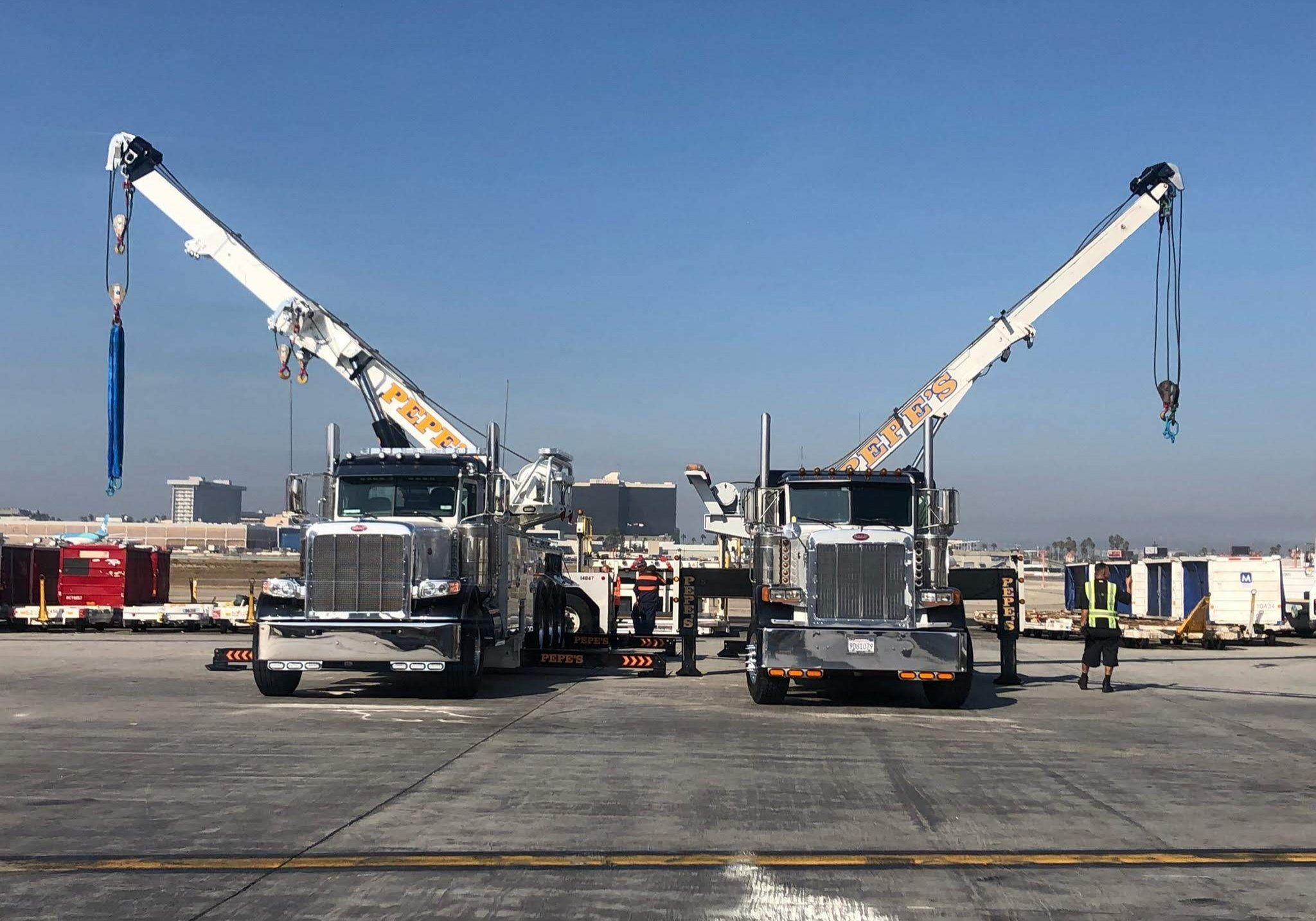 LAX towing and lifts